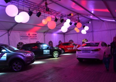 0105 Kadertent 10m autoshowroom
