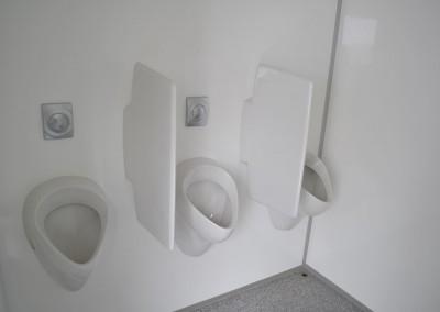 0202 VIP-toiletwagen313 urinoirs
