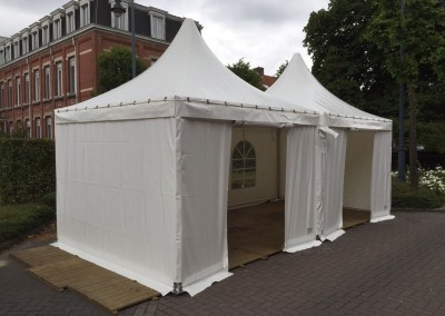 resized0101 VIP-tent 3x3 gekoppeld